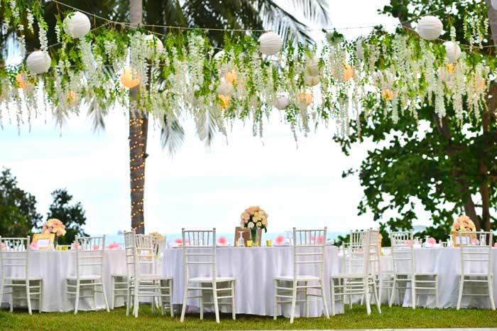 Traumhafte gartenhochzeit 10 ideen f r die perfekte hochzeit im gartenhochzeitssaal - Hochzeitsfeier im garten ...