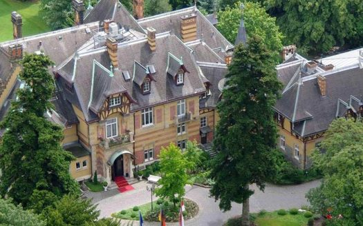 Villa Rothschild Kempinski – Roter Salon
