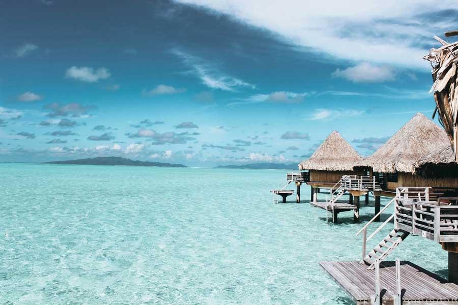 hochzeit-im-Ausland-Heiraten-im-Ausland-Schönste-Orte-malediven-Hochzeitssaal-Finder-2